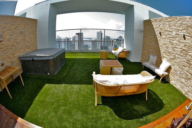 Home all weather grass sport surfaces - Cesped sintetico para terrazas ...